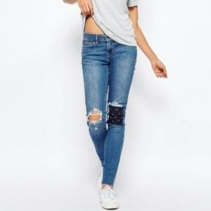 Levi's | 711 Skinny Jean with patch detail Size 29